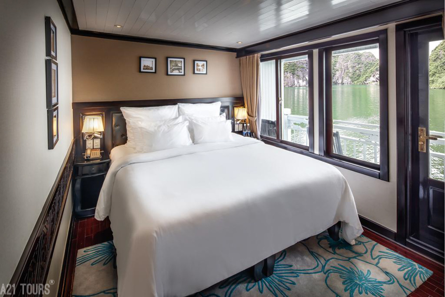 Paradise Luxury Cruise 2 Days 1 Night Deluxe Cabin with Private Balcony