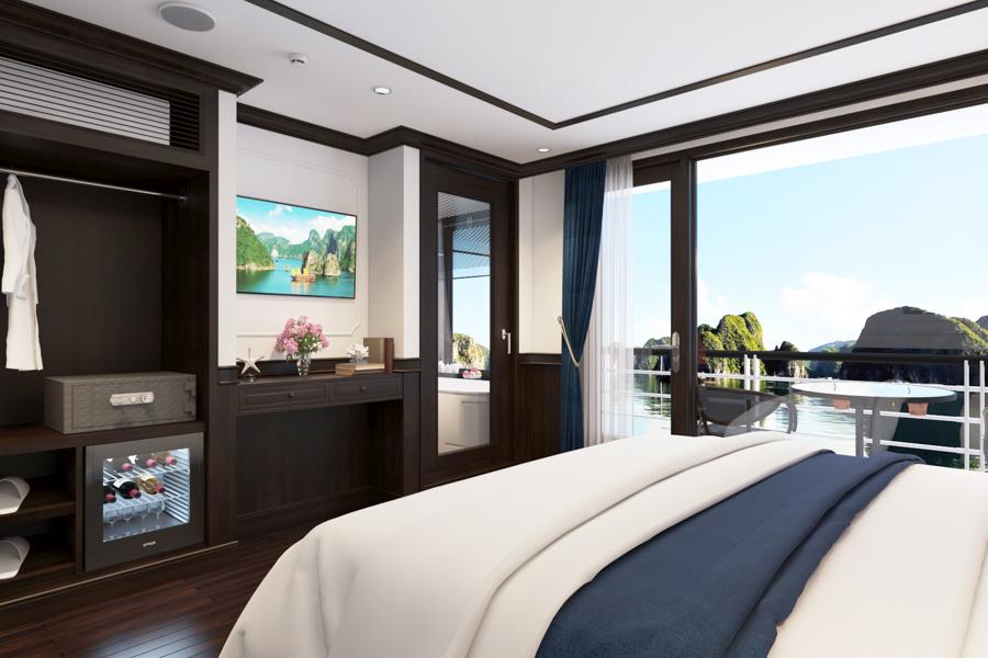 Rosy Cruise 2 Days 1 Night Family Senior Balcony Suite