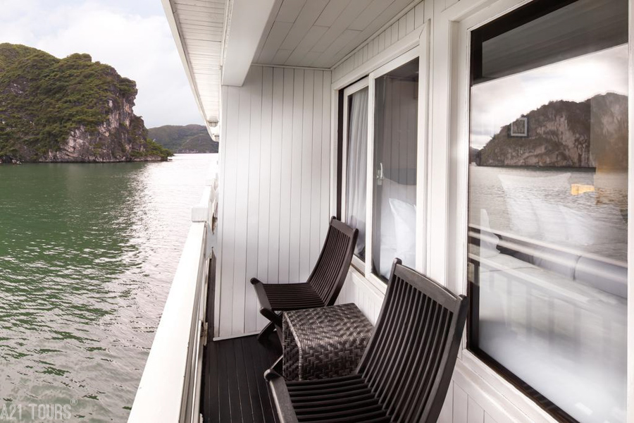 Paradise Luxury Cruise 3 Days 2 Nights Deluxe Balcony Single Cabin