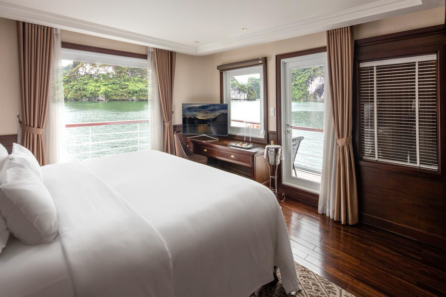 Paradise Elegance Cruise 2 Days 1 Night Elegance Suite