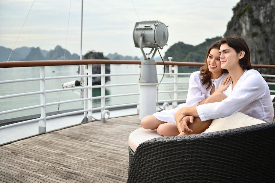 Paradise Elegance Cruise 3 Days 2 Nights Captain View Terrace Suite