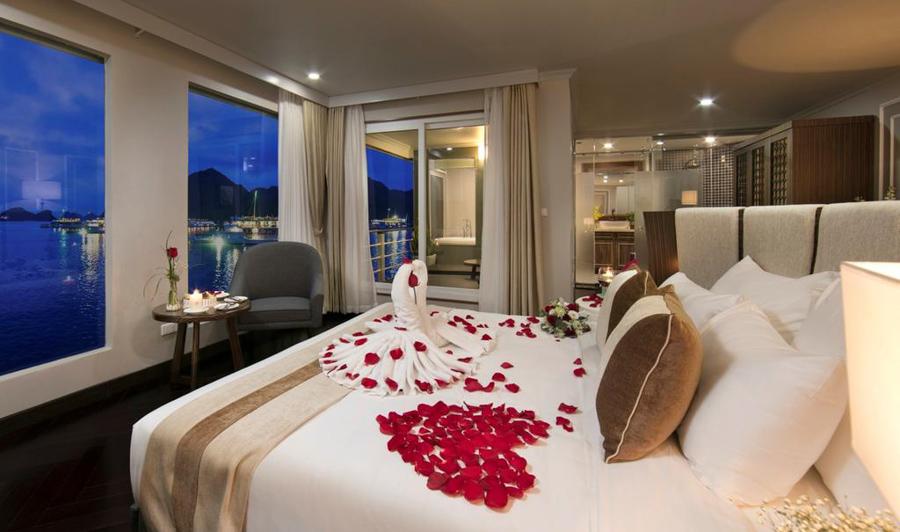 Era Cruise 3 Days 2 Night King Terrace Suite