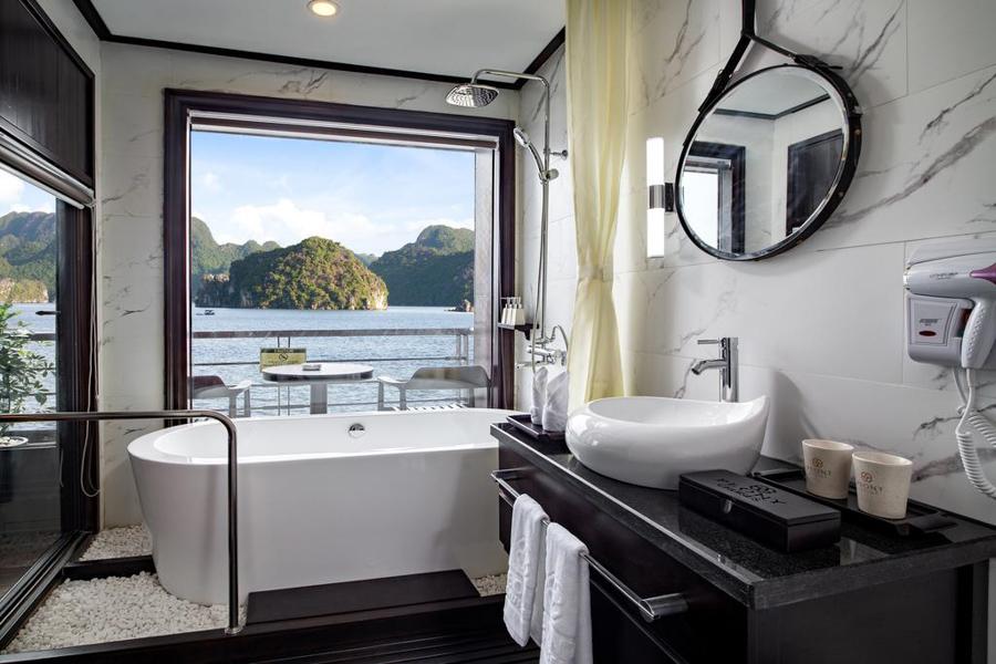 Peony Cruise 3 Days 2 Nights Premium Deluxe With Balcony