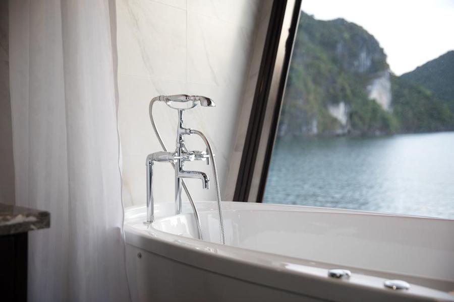 Perla Dawn Sails 3 Days 2 Nights Junior Suite balcony
