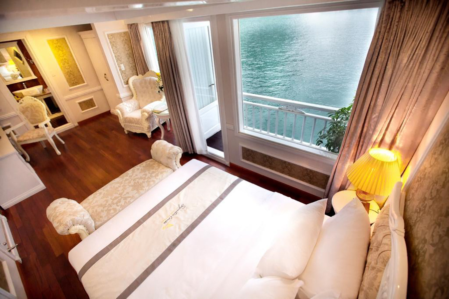 Signature Cruise 2 Days 1 Nights Senior Suite