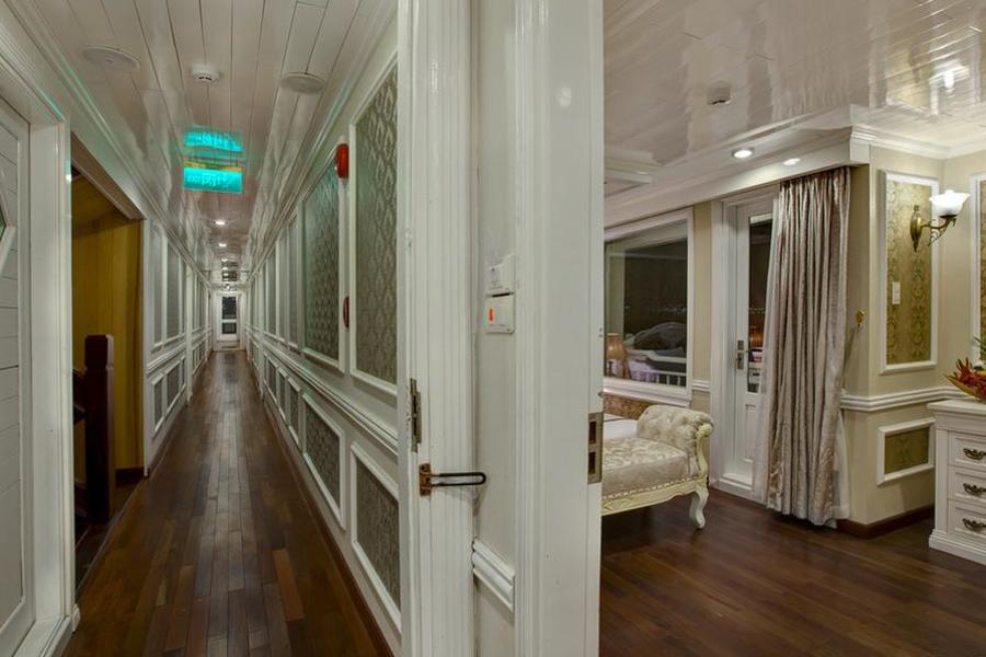 Signature Cruise 3 Days 2 Nights Elite Family Suite