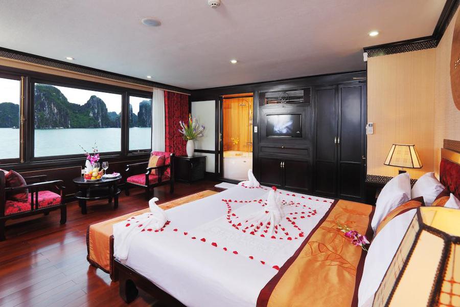 Starlight Cruise 2 Days 1 Night Executive Cabin