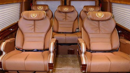 Hue to Da Nang luxury limousine transferp