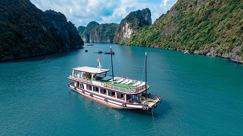 Arcady cruise Lan Ha Bay day tour