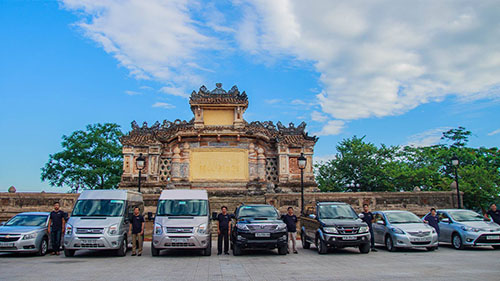 Da Nang to Hue private car transferp