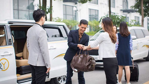 Halong to Ninh Binh limousine vanp
