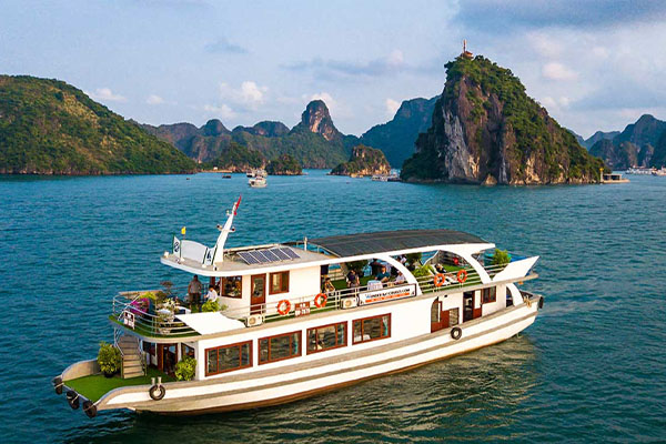 Halong Bay cruise luxury tours