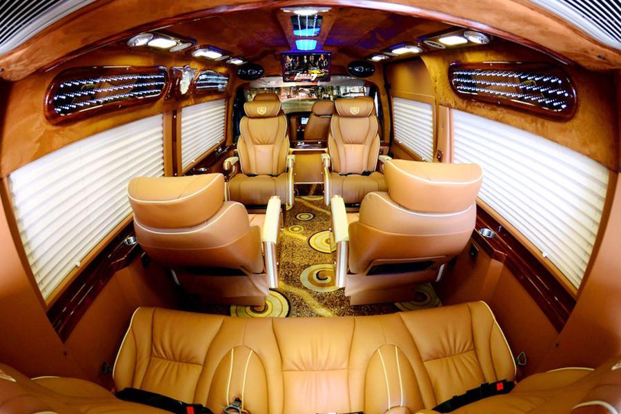 Hanoi Airport to Sapa limousine VIP bus